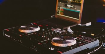 Best Laptops For DJing and DJs